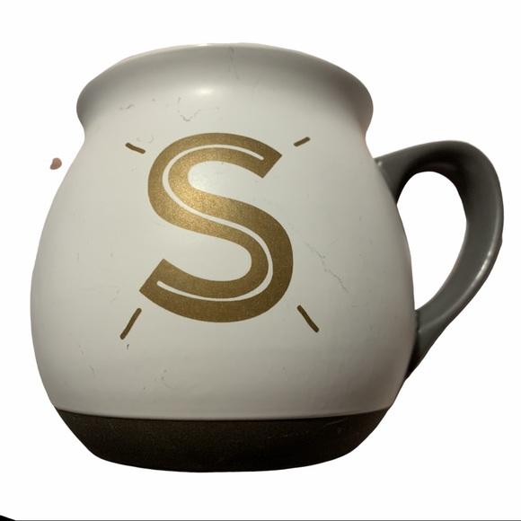 "5/$25❄️ Threshold Gold ""S"" Coffee Mug One Size"